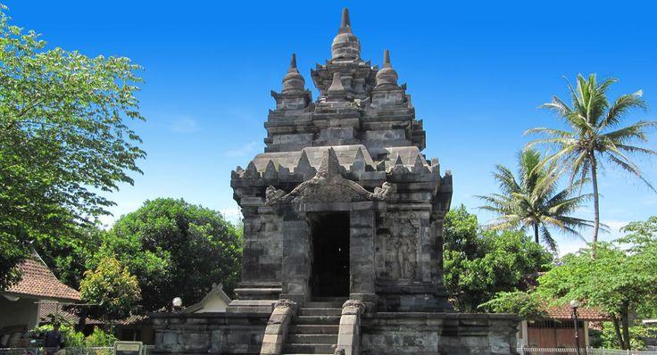 Pawon Temple, Central Java - Yogyakarta Places of Interest
