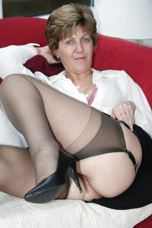 Amateur females having orgasms