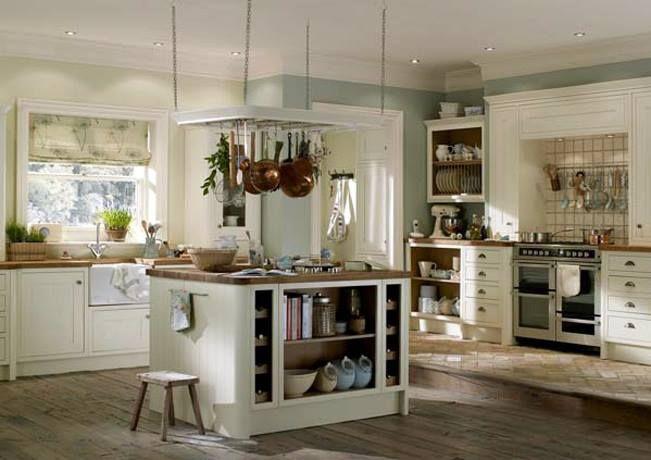 Cream Amberley shaker kitchen.
