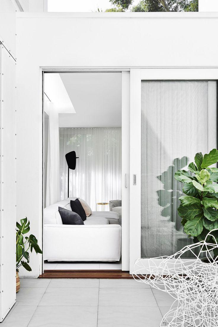 Renovation: a tranquil Melbourne living room