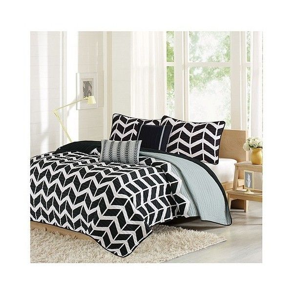 Black Chevron Darcy Quilted Coverlet Set ($59) ❤ liked on Polyvore featuring home, bed & bath, bedding, quilts, black, black and white chevron bedding, black quilted coverlet, quilted coverlet, quilted shams and twin coverlet