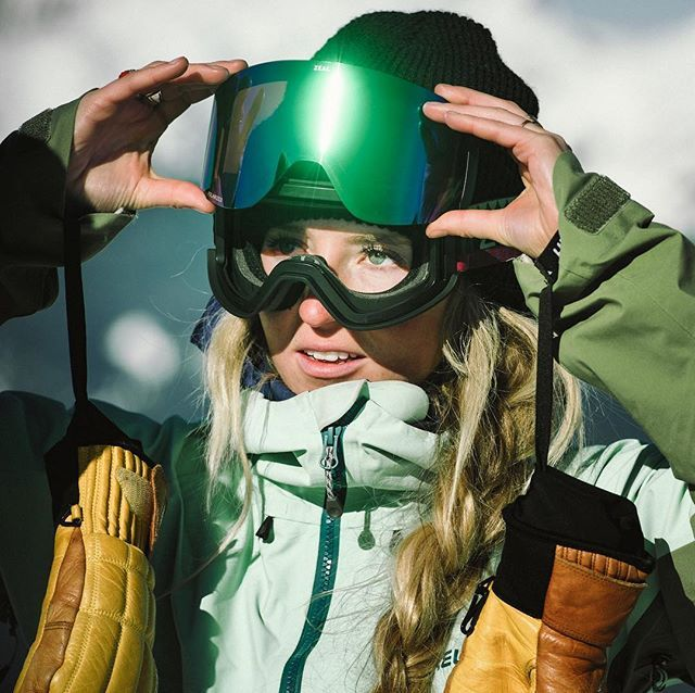 Lens Swappin Like A Champ Anywhere On The Mountain That S The Beauty Of Rls Goggletech Goggles Findyourzeal Goggles Snow Goggles Summit Series