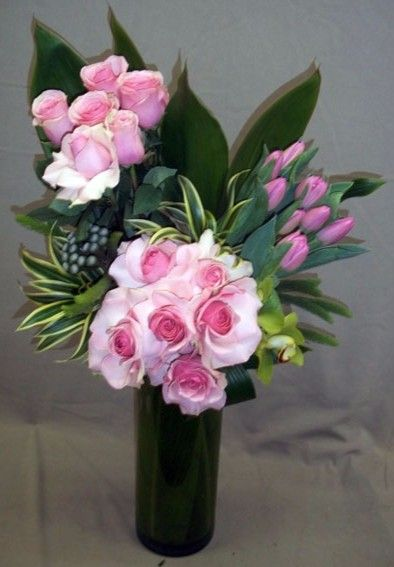 Send the Kayla's Kiss bouquet of flowers from Beverly Blossoms in Los Angeles, CA. Local fresh flower delivery directly from the florist and never in a box!