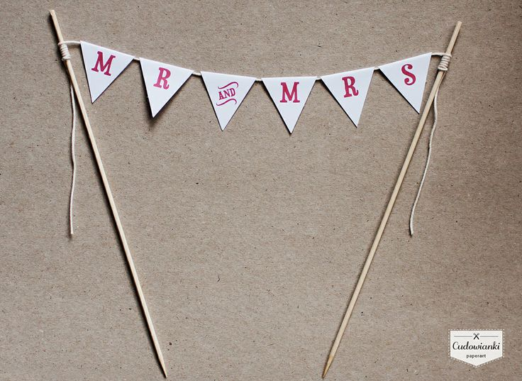 MR & MRS wedding cake garland. So sweet! | Girlanda na tort by Cudowianki.