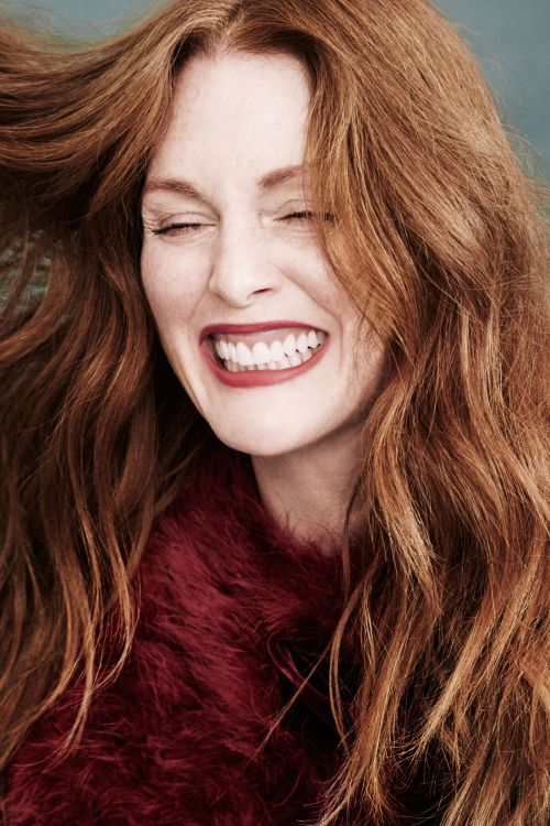 Julianne Moore, photographed by Victor Demarchelier for Town & Country, Dec 2015 / Jan 2016