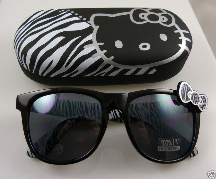 Hello Kitty Sanrio sunglasses