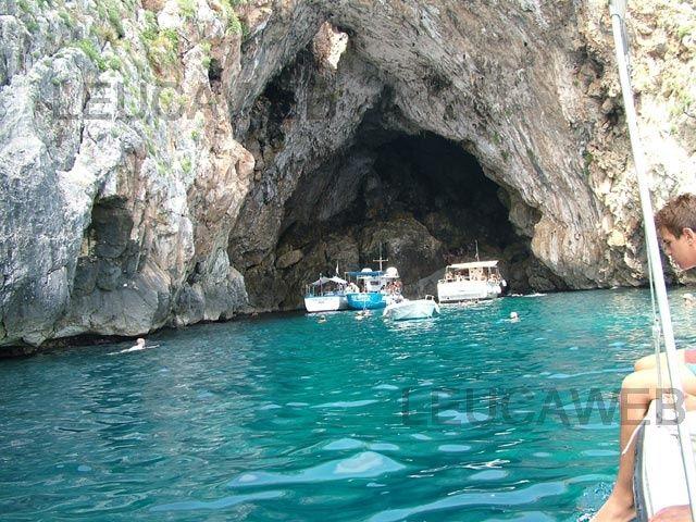 Grotte del pozzo e del lago