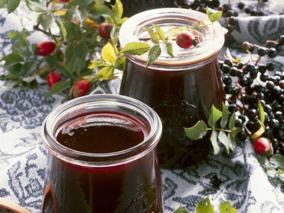 Rezept: Holunder-Hagebutten-Marmelade