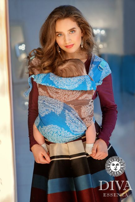 """Diva Essenza 100% Cotton Mei Tai is the right product for those who seek for """"one wrap for all the babywearing period"""", for an affordable price."""