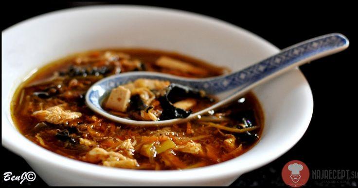 Čínska ostrokyslá polievka