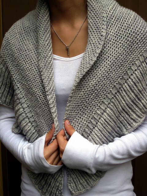 Mara Shawl made from a free pattern by madelinetosh on Ravelry - shown on Renee Knits Too Blog