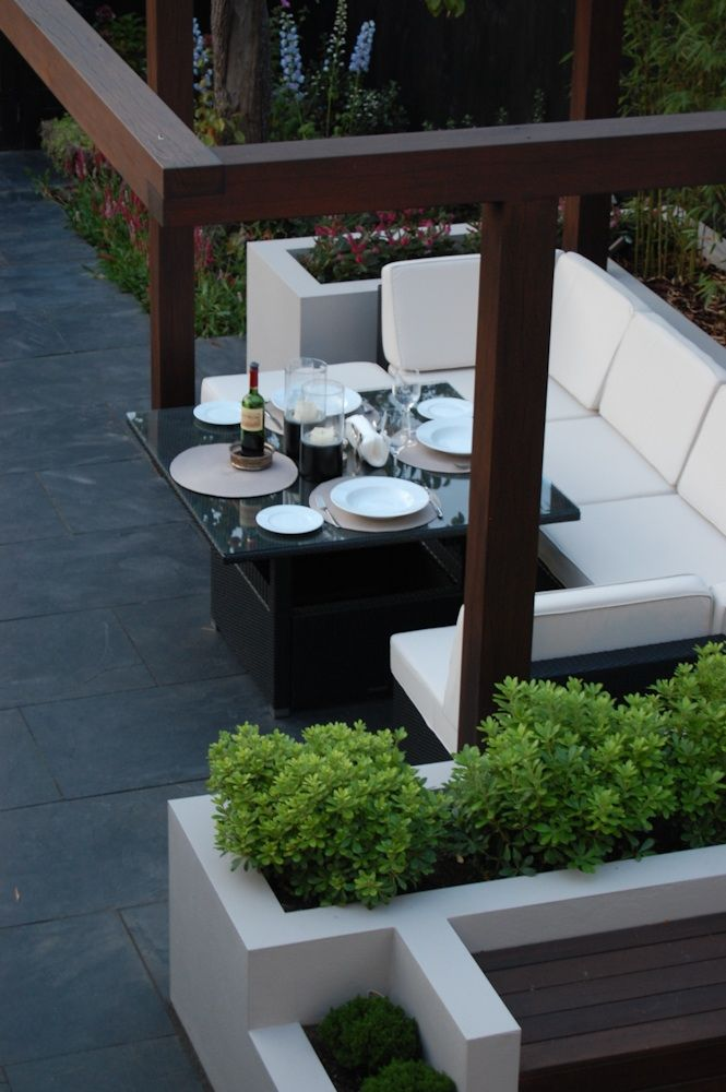Slate paving with outdoor dining area
