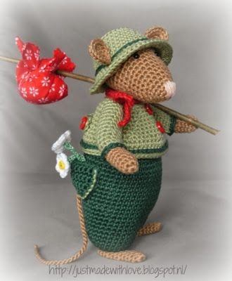 Just made with love by Antoinette: New Mouse in the House