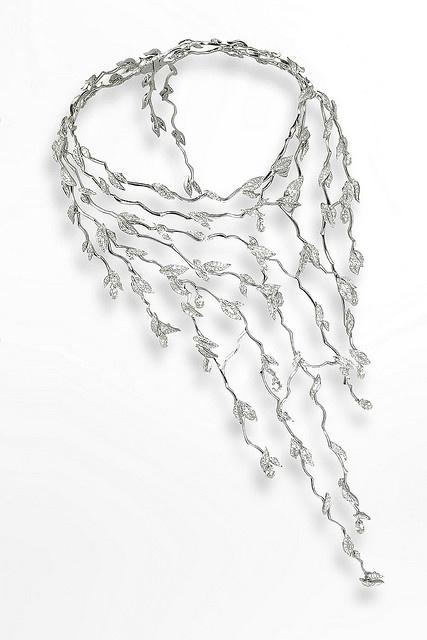 Midsummer Night's Dream necklace by Van Cleef & Arpels