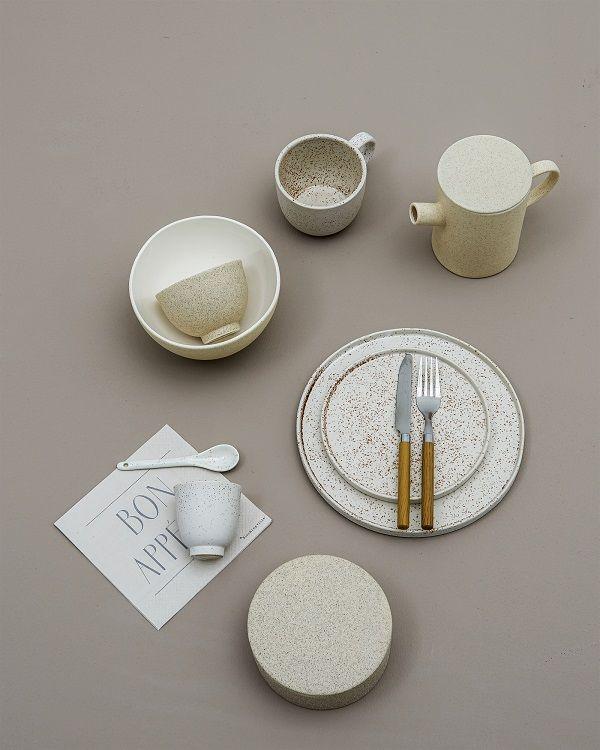 Pentru o atmosfera de neuitat, opteaza pentru decoratiuni unice. Gaseste-ti inspiratia pe ShomProduct! #InspiringComfort #style #decor #cups #familly #time #dish #cream