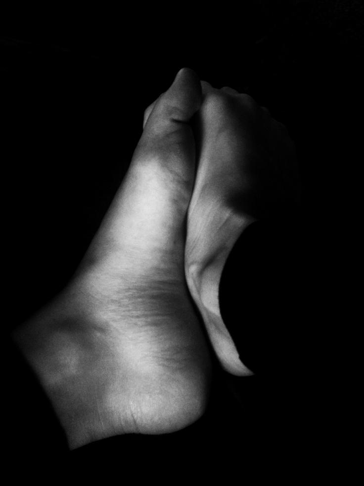 black + white feet: White Feet, Black White, White Photos, Photos Art