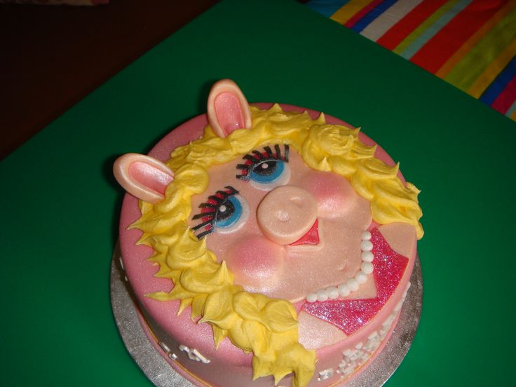 picture of miss piggy for cake   miss piggy cake — Birthday Cakes