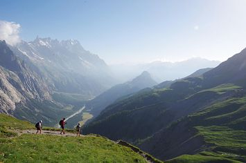 16 Astounding Backpacking Trips To Add To Your Bucket List