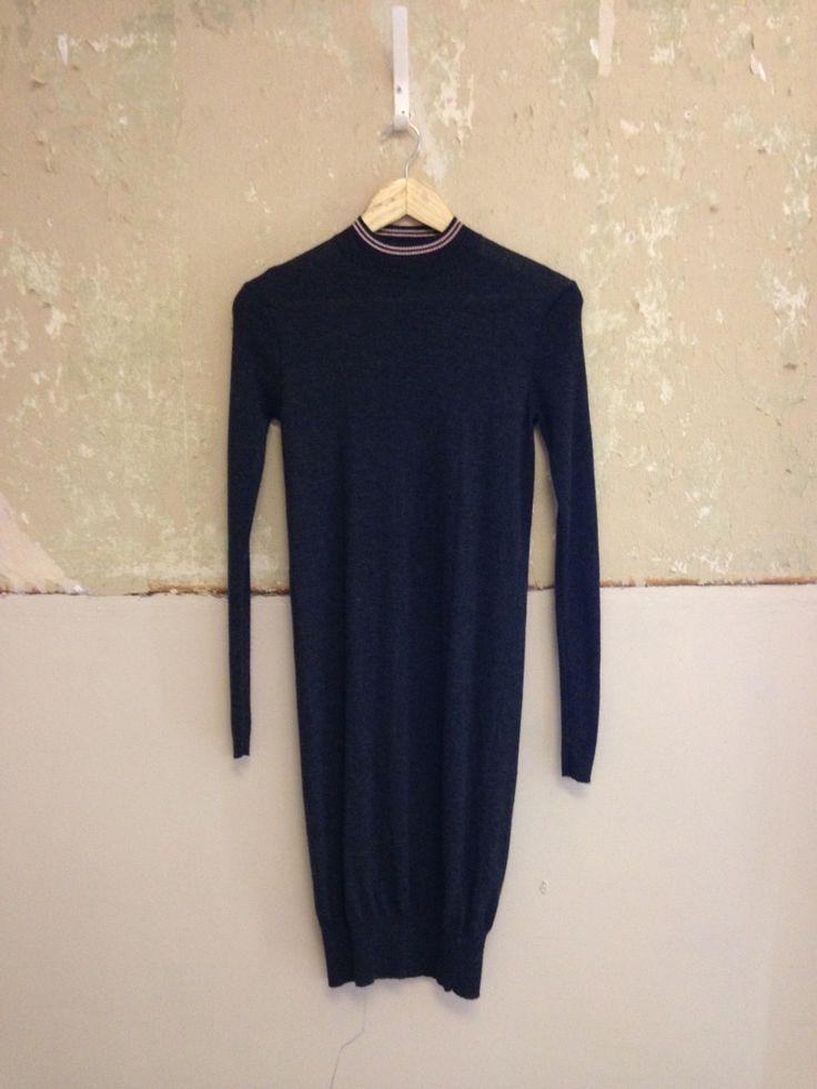 FRED PERRY LAUREL WREATH WOOL DRESS UK8