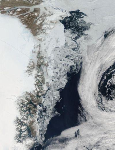 北極海で過去最大の海氷融解、メカニズム明らかに   ナショナルジオグラフィック日本版サイト