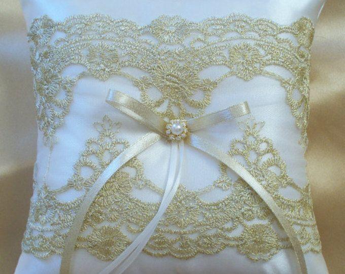 Bodas de oro, almohada cojín de novia, Ivory de encaje satinado y oro