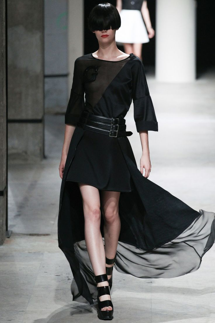 Undercover Spring 2014 RTW - Runway Photos - Fashion Week - Runway, Fashion Shows and Collections - Vogue