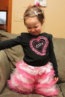 Pink Fluff Skirt - - tutorial!