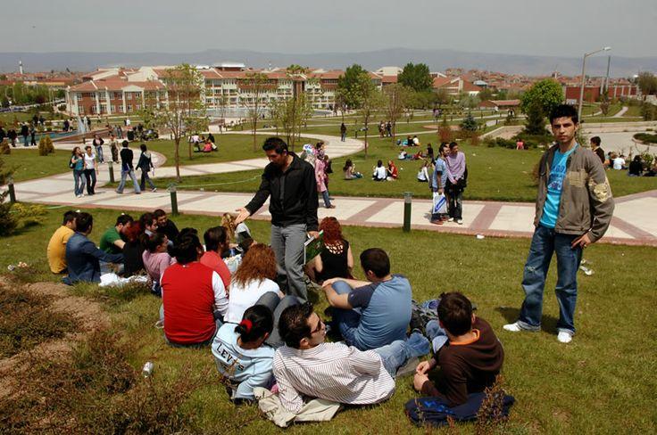 Anadolu Üniversitesi - Kampüs Hayatı