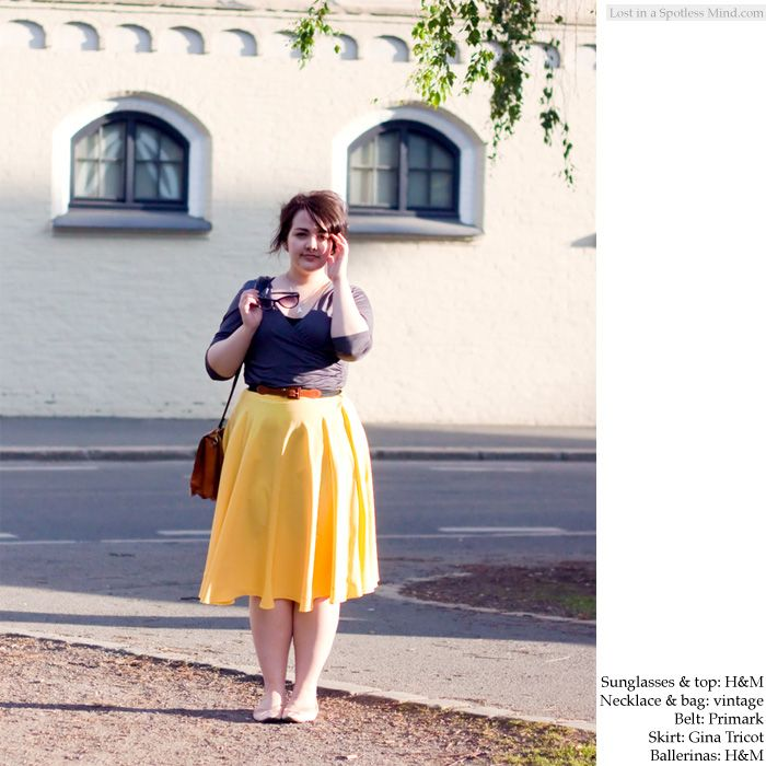 Outfit: that yellow skirt