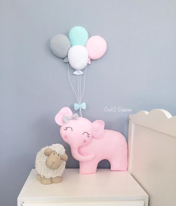 Looking for something unique in your babys room? I propose you this lovely elephant in the color of your choice (depending on my stock availability). You can make me a customization request for colors and placement of the balloon and elephant. The elephant dimensions: 40cm width