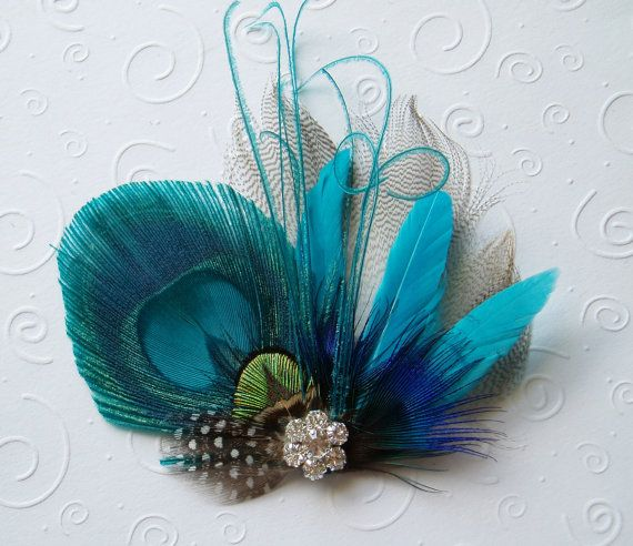 Bright Peacock Feather Hair Clip, Bridal Fascinator Peacock Wedding Accessories hairpiece comb  with Rhinestone Jewel