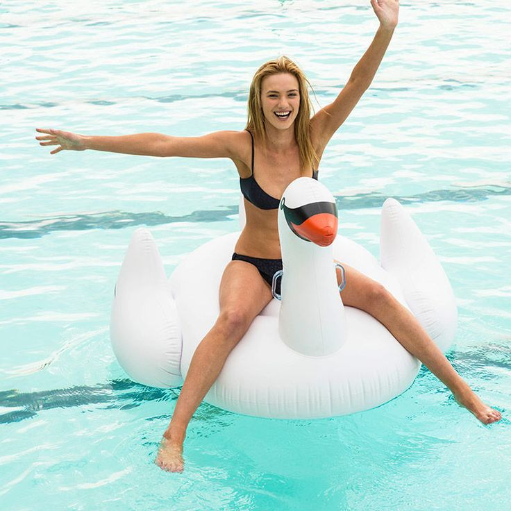 top3 by design - Sunny life - inflatable swan