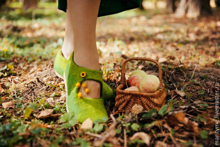 """Купить Валяные туфельки """"Осенняя свежесть"""" - зеленый, валяные тапочки, туфельки, обувь ручной работы"""