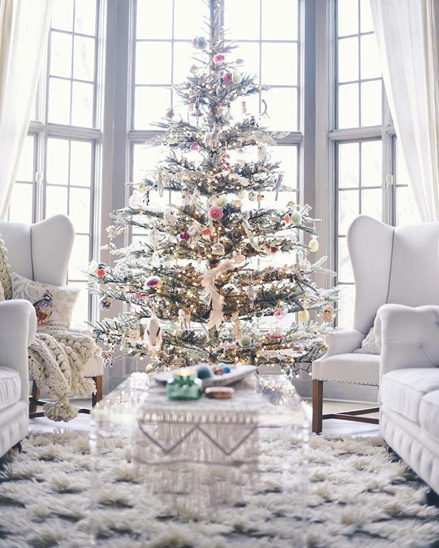 best 20 white christmas tree decorations ideas on pinterest white christmas trees christmas tree decorations and christmas tree - White Christmas Decorations