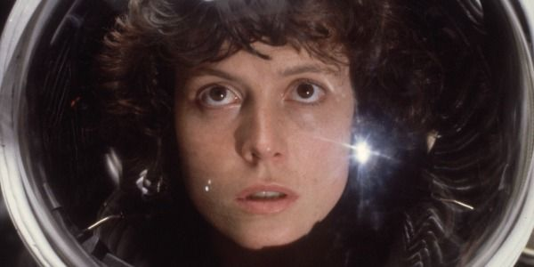 Ridley Scott Isn't Against De-Aging Sigourney Weaver For An Alien Prequel