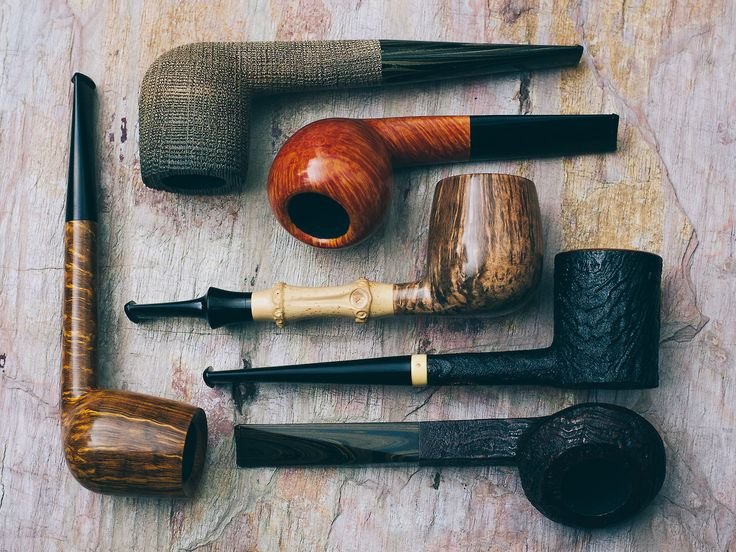 Six varied pieces from Giacomo Penzo plus fresh pipes from Jody Davis Lasse and Manduela. http://smokingpip.es/2weJwZA