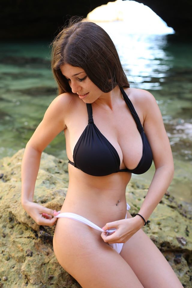 Carolina Neto  Beautiful,Sexy,Cute Woman  Bikinis -1598