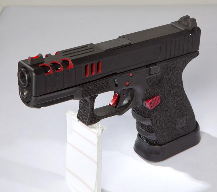 Customized Glock 19 from Lenny Magill's Glock Store