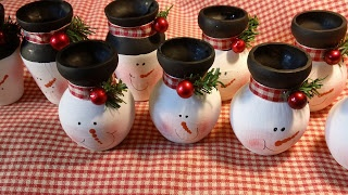 These little vases would look cute at the holiday table!