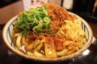 丸亀製麺 キューピックプラザ新横浜店   Wかつカレーうどん