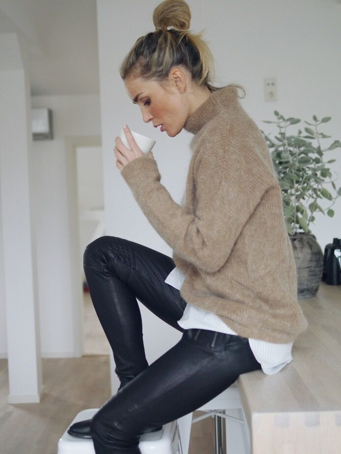Style...Camilla Pihl - H&M twofer sweater