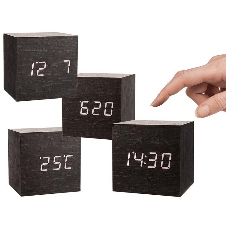 Digitale Holz Uhr Wecker Alarmwecker.Zeit, Temperatur in Grad Celsius oder Grad Fahrenheit, Wecker, Kalender.Angetrieben durch Versorgung DC 6V USB-Kabel oder 4 x 1,5 V AAA-Batterie (Batterien sind nicht im Lieferumfang enthalten) Material: MDF + PVC Farbe: Schwarz