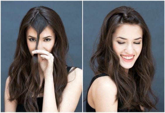 De los peinados más fáciles y con menos pasos, está el siguiente. Sólo tienes que separar tu cabello como se ve en la imagen, enrollarlo y agarrarlo con un pasador.