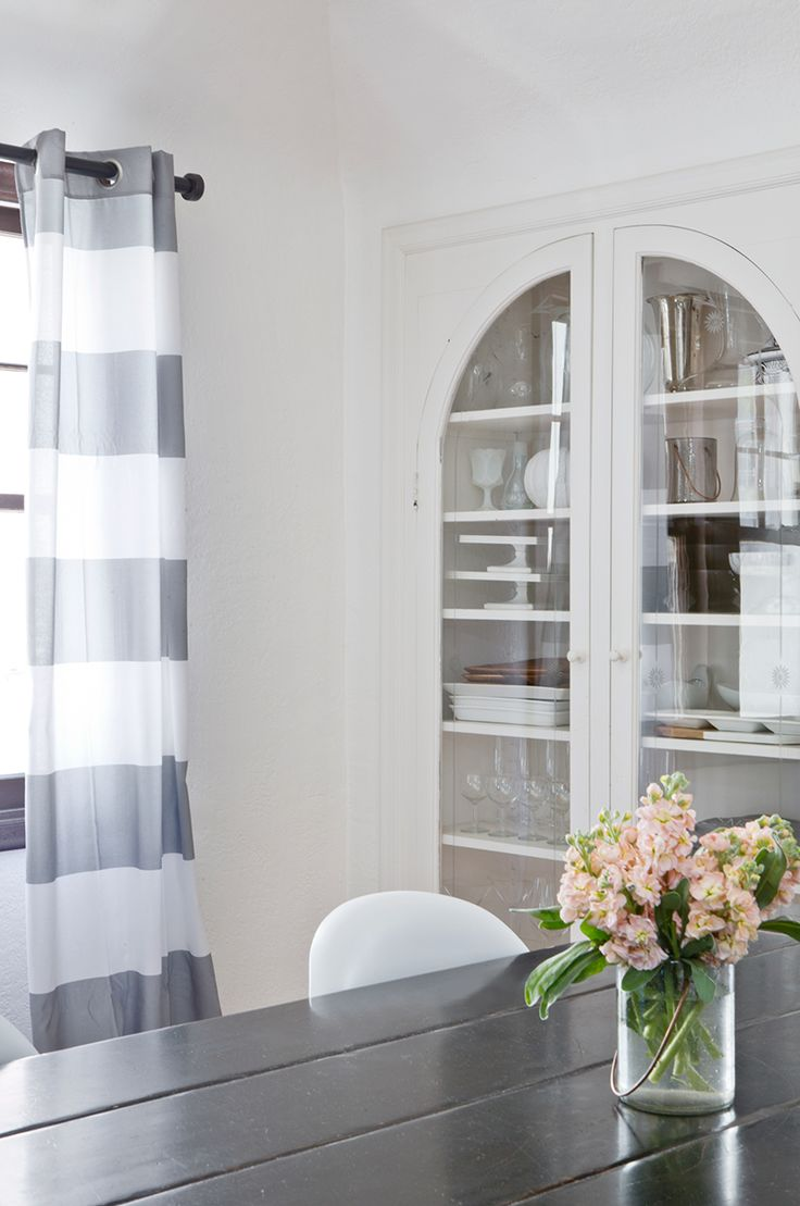 Copy Cat Chic | Updating my home with amazing deals on home decor from @kirklandshome #myKirklandsStyle Here's my dining room with Kirkland's curtains.