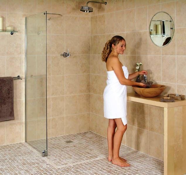 1000 ideas about walk in shower designs on pinterest - Doorless shower in small bathroom ...