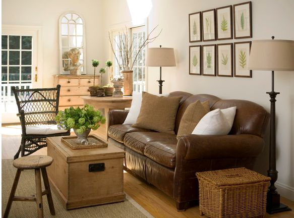 country living room. Love the sofa