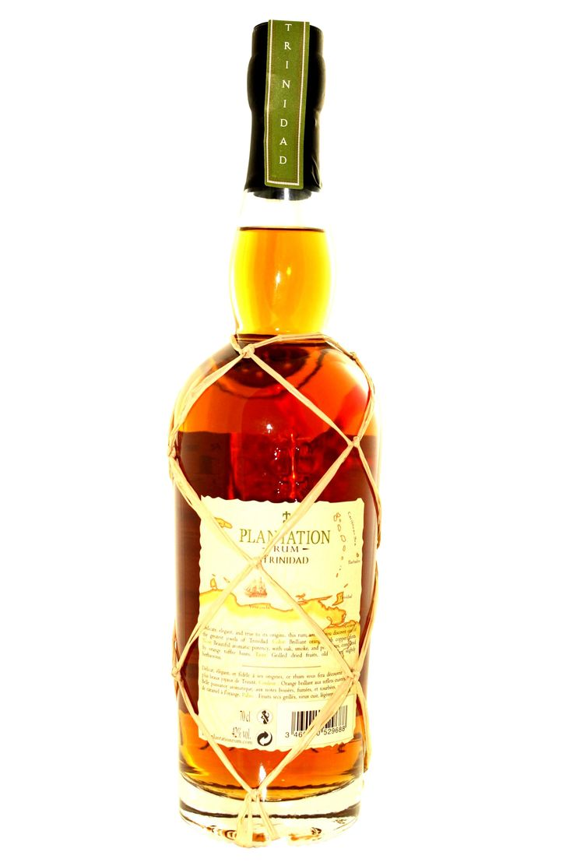 Limitierter Jahrgangsrum, der im Cognac-Fass reifen darf  Von diesem Jahrgangs-Rum aus Trinidad, der in Frankreich nachreift, stehen jedes Jahr nur begrenzte Kontingente für den Verkauf bereit. Gerade in den letzten Jahren hat der fruchtig-würzig schmeckende Rum mehrere Auszeichnungen erhalten.