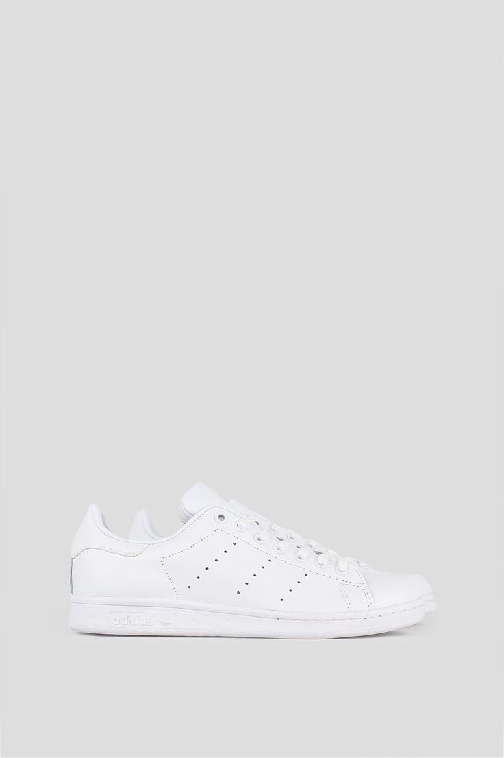 The adidas Stan Smith features a smooth leather upper, the authentic perforated 3-Stripes, and rubber cupsole. For Women's sizes, add 1.5. ONE PER CUSTOMER. MULTIPLE ORDERS WILL BE CANCELLED. - Produc