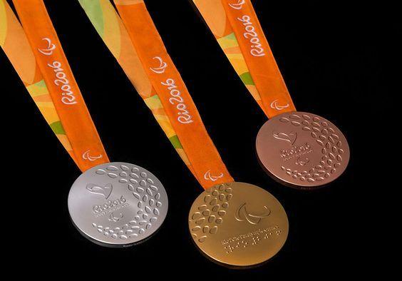 Você sabia que as medalhas paralímpicas dos Jogos Rio 2016 fazem barulho?
