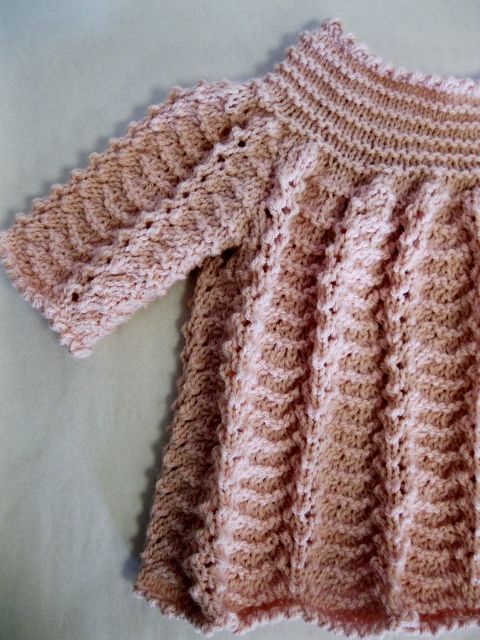 Dress for baby girls  0- 4/6 months (Rosários/Caricia)
